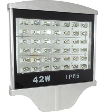 LAMPA STRADALA LED 42W